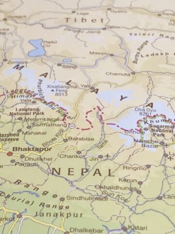 where is nepal located map