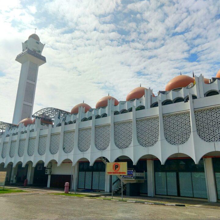 ipoh main mosque Masjid-Negeri-Perak-Mosques-in-Ipoh