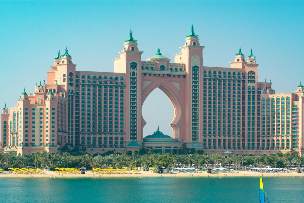 What is Dubai famous for Dubai hotels